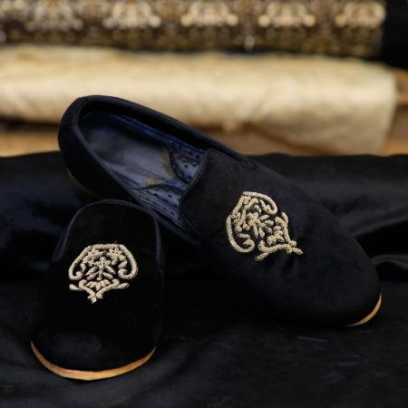 Black Loafers Crest 1
